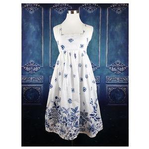 GAP 6 White Blue Floral Empire Waist Dress Pockets